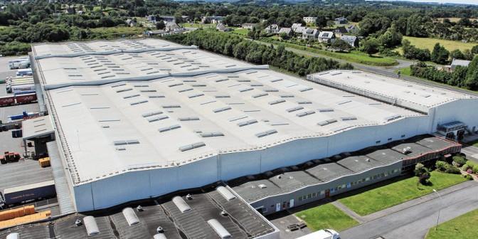 Ravna streha Rhenofol - Ekonomi?na kritina iz polivinilklorida (PVC)